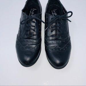 BOC Black Wingtip Oxford Lace Tie Flats Sz 6.5